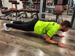 Esecuzione Plank - Fitness Fun